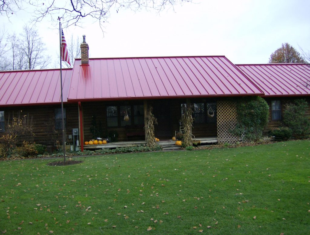 Red metal roof with guard2